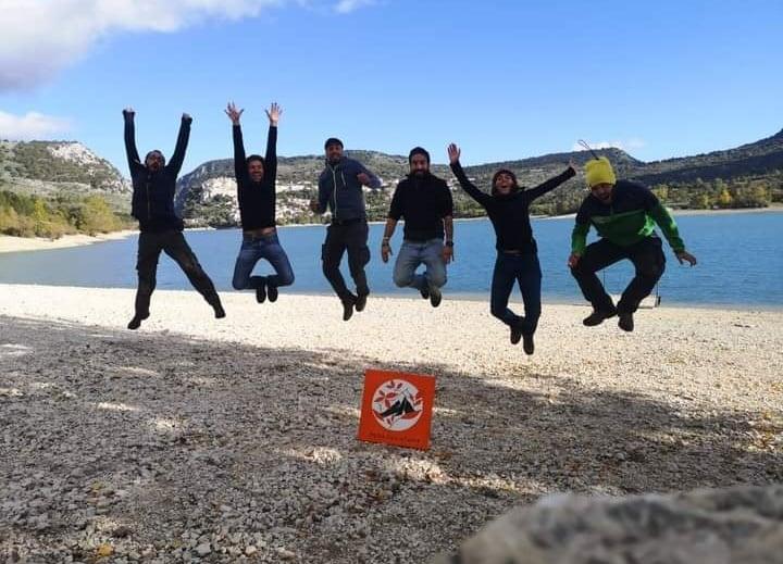 I fondatori di metadventures fanno un salto sopra la loro bandiera